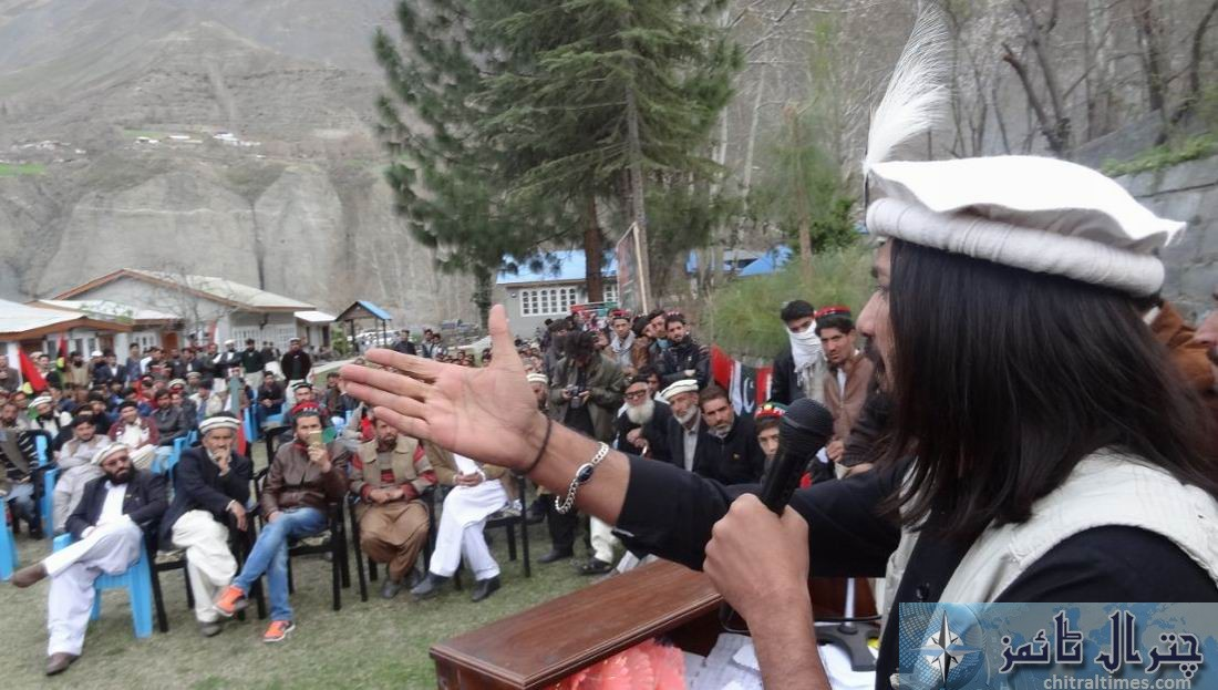 malk amjad youth president kp spech in Chitral