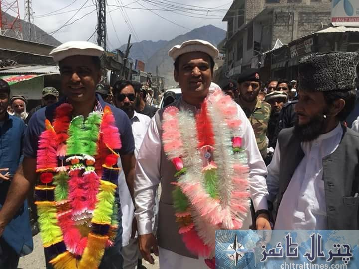 DC Chitral and DPO Chitral farewell in DRosh