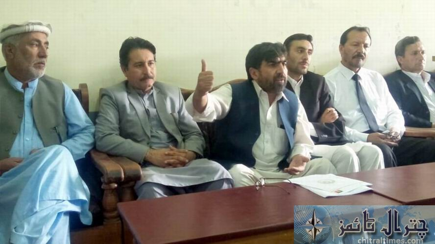 pti abdul lateef press confrence chitral 3