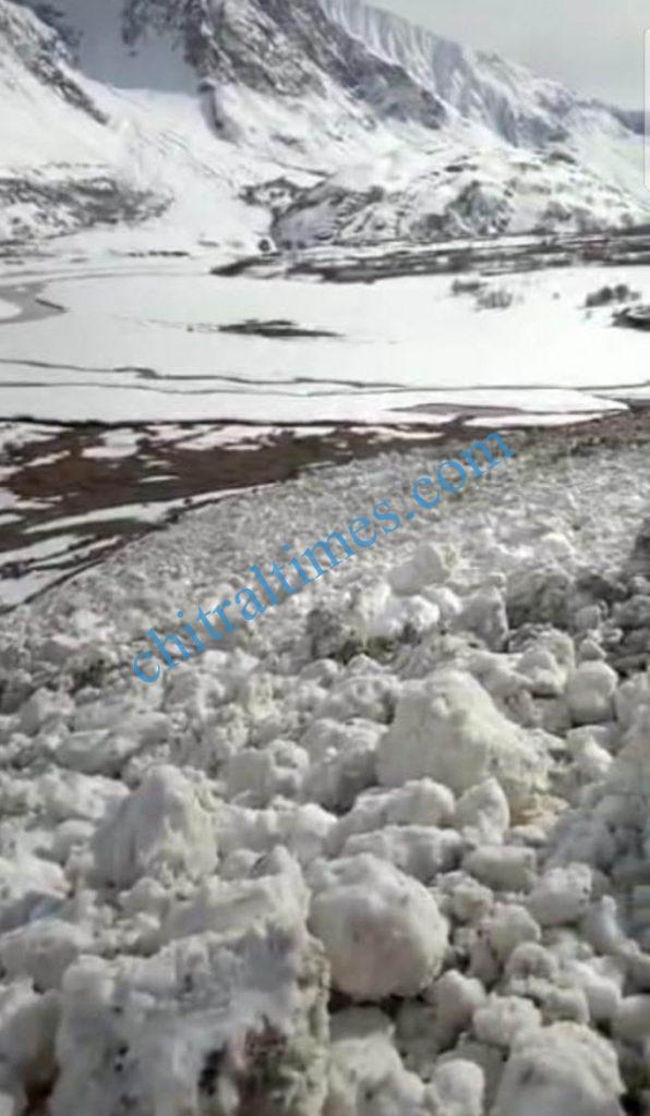 broghil road yarkhunlasht blocked scaled