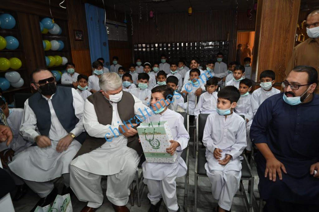 cm mahmood khan visit zamong kor peshawar scaled