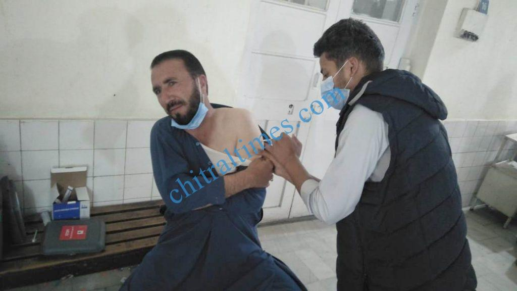 corona vaccination ustad farooq chitral scaled