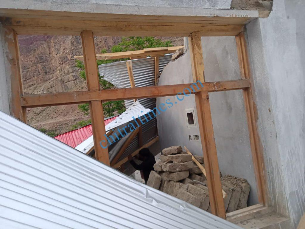 strom wind distryied a house upper chitral2 scaled